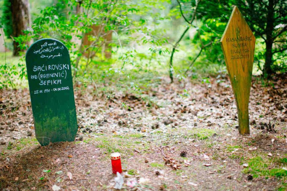 Ein muslimisches Grab auf dem Heidefriedhof in Dresden.