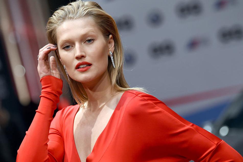 Das deutsche Model Toni Garrn hat seine erste Hollywood-Hauptrolle ergattert.