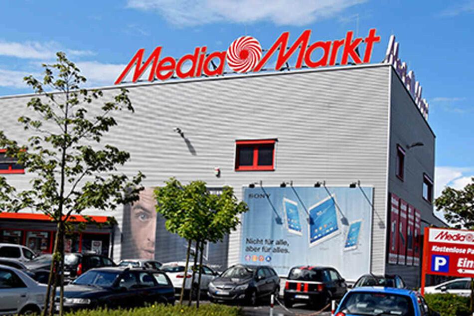 Kühlschrank Für Auto Media Markt : Radikaler preissturz bei mediamarkt in duisburg großenbaum