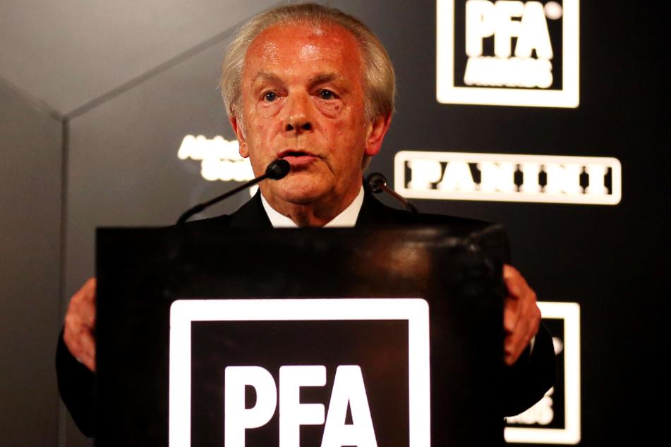 Gordon Taylor, Hauptgeschäftsführer der Spielergewerkschaft PFA, meint, dass Vereine die Spieler weiter bezahlen sollen, wenn sie es sich leisten können.