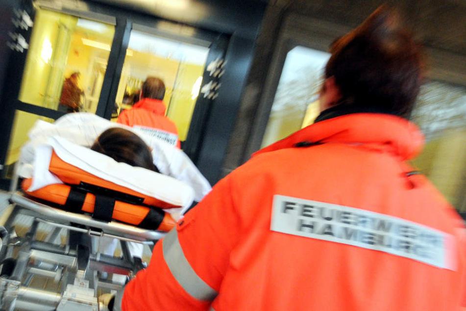 Hamburg: Dreijähriger stürzt aus Fenster im dritten Stock