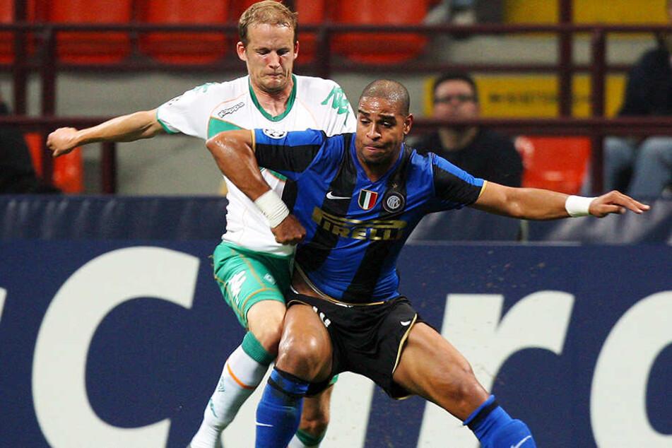 Kraftpaket Adriano (r.), hier im Trikot von Inter Mailand, in der Champions League gegen den SV Werder Bremen (Petri Pasanen).