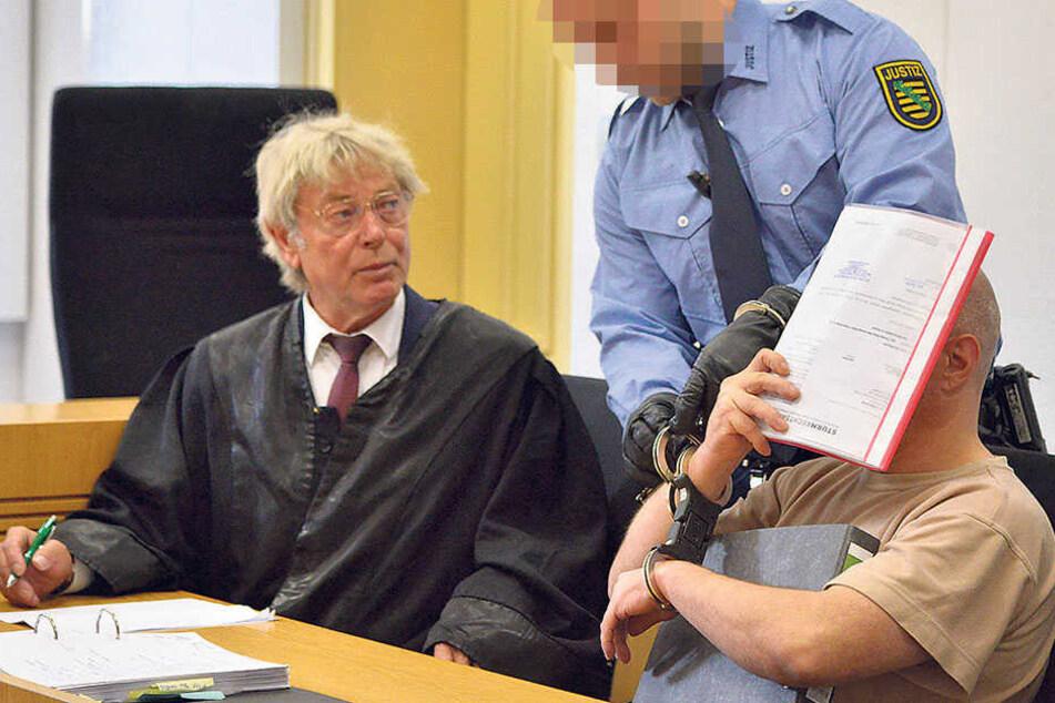 Blutige Messer-Attacke auf Nachbarn am Sonnenberg
