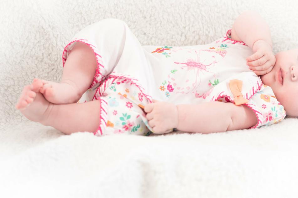Auf TikTok teilen Eltern haufenweise private Schnappschüsse ihrer Babys. (Symbolbild)