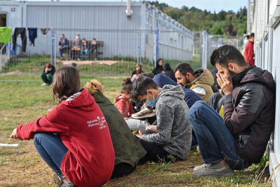 Die Zahl der Flüchtlinge in Erstaufnahmeeinrichtungen in Polen und Sachsen steigt seit dem Sommer.