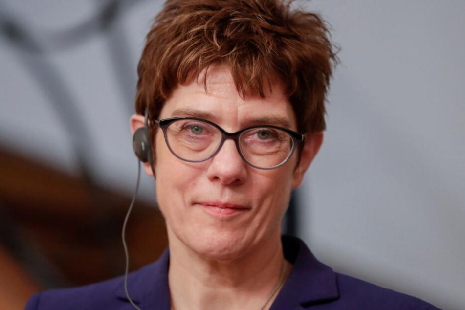 Annegret Kramp-Karrenbauer (CDU), Bundesverteidigungsministerin.