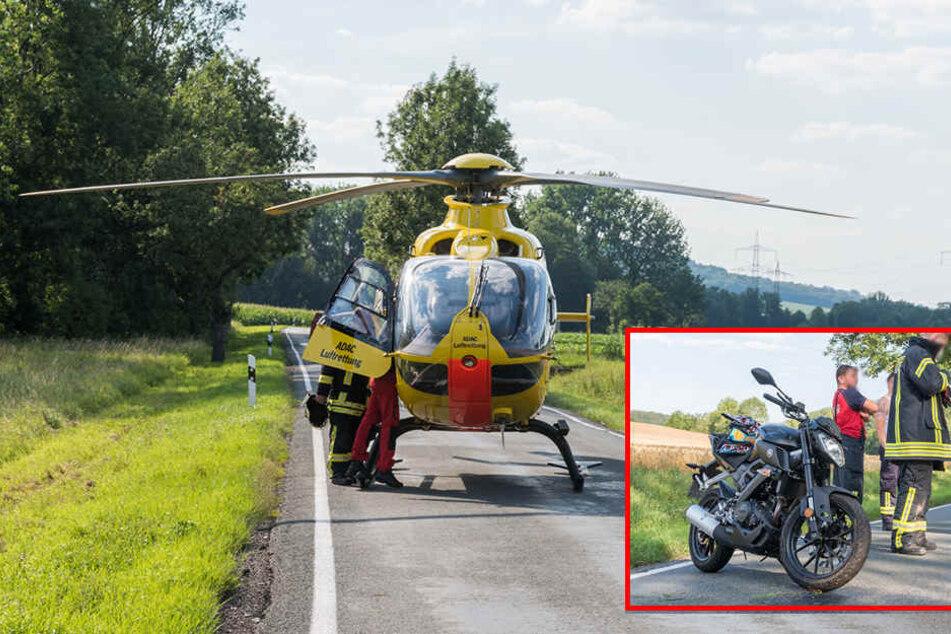 Motorrad fliegt in Graben: Fahrer schwer verletzt