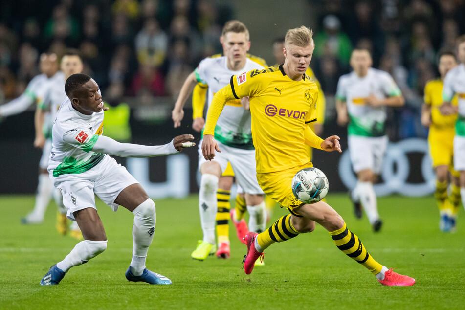 Bereits im vergangenen Kalenderjahr stürmte Erling Haaland (21, vorne rechts) den Fohlen davon. Dabei war er da gerade einmal wenige Wochen bei Dortmund im Team.
