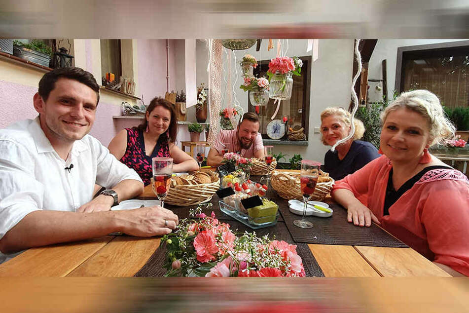 """Beim """"Perfekten Dinner"""" startet Montagabend die Dresden-Woche. Fünf Kandidaten kämpfen um den Sieg."""