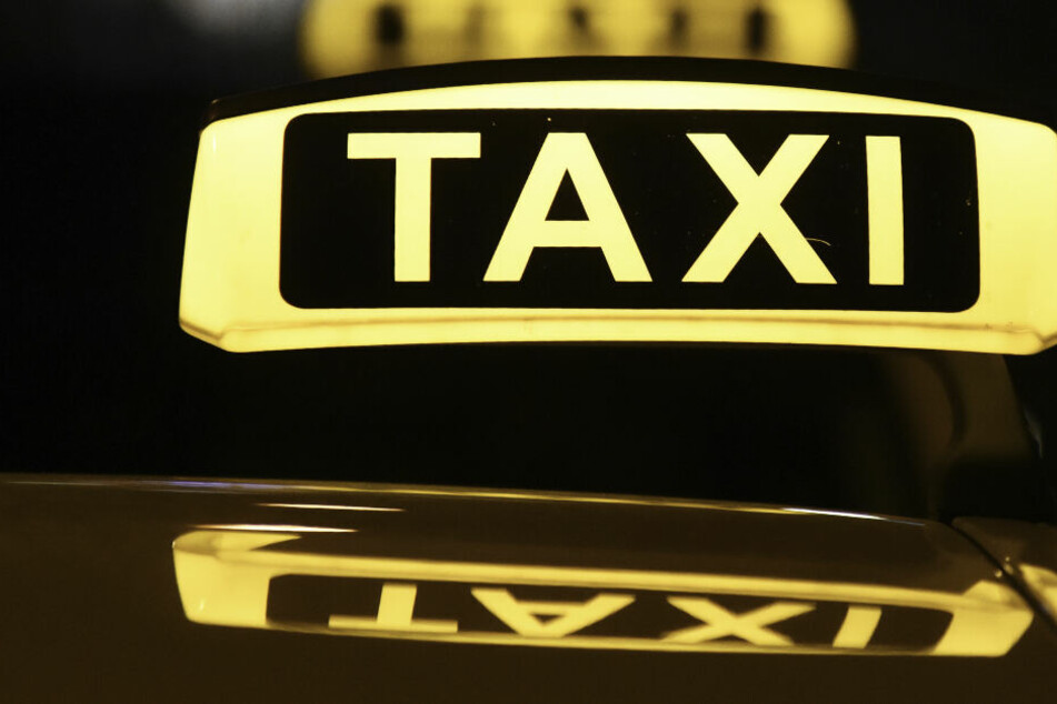 Ein Streit in einem Taxi ist gänzlich aus dem Ruder gelaufen. (Symbolbild)