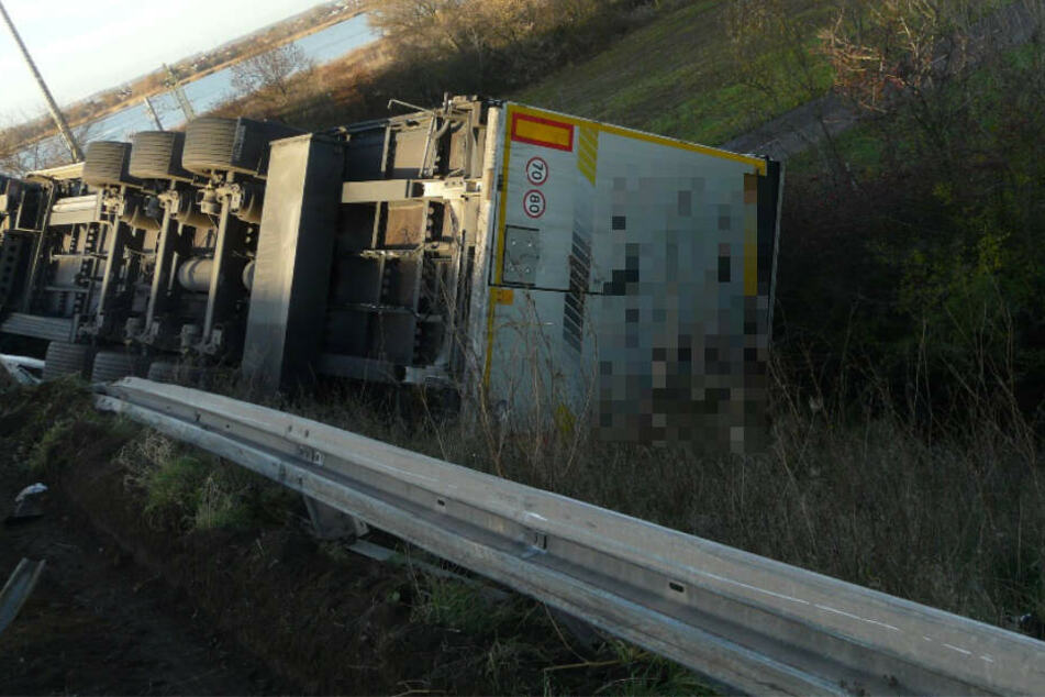 Der Fahrer des Lkw hatte Glück im Unglück.
