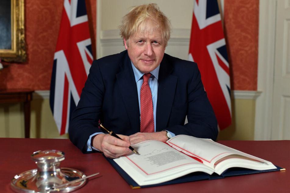 Boris Johnson spricht von nationaler Erneuerung und Wandel.