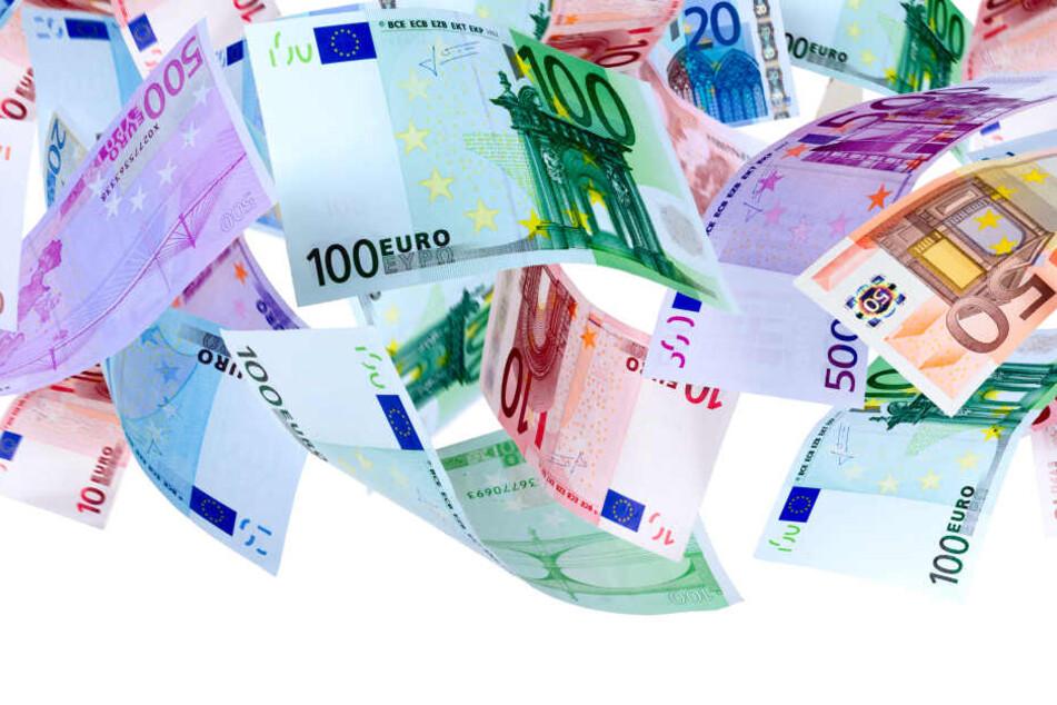 Das Land NRW nahm in diesem Jahr 1,2 Milliarden mehr Steuern als 2018 ein.