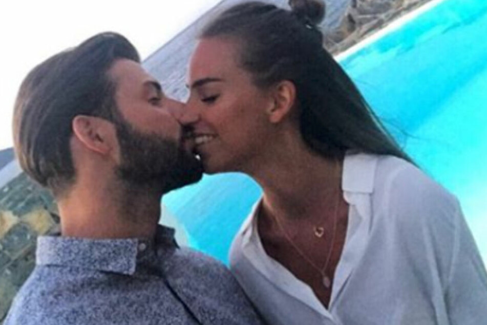 Sie sind bereits sein rund zwei Jahren ein Paar: Hertha-BSC-Star und WM-Neuling Marvin Plattenhardt (26) und seine Sara.