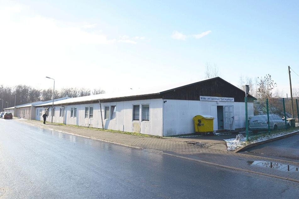 Die Stadt Zwickau will die Obdachlosen mit einer Nutzungsunterlassung zum Umziehen bewegen. Heim-Chefin Kerstin Täuber hat deswegen beim Verwaltungsgericht Chemnitz Klage eingereicht.