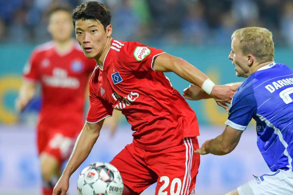 Hee-Chan Hwang hat sich verletzt und kann nicht im DFB-Pokal-Spiel antreten (Archivbild).