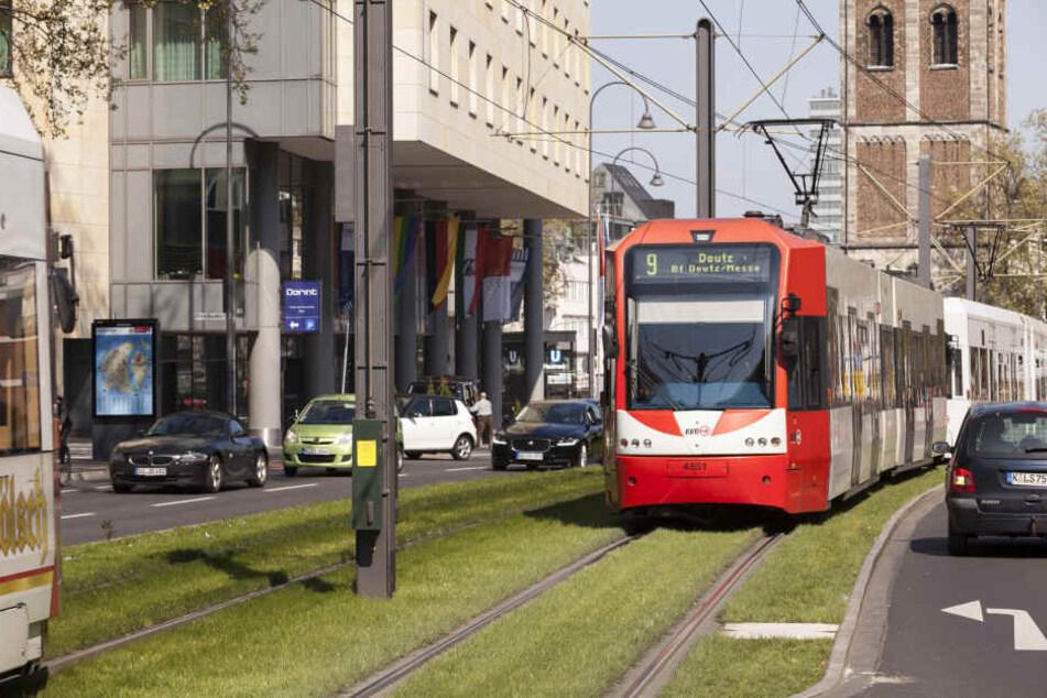 Die Busse und Bahnen transportieren immer mehr Fahrgäste.