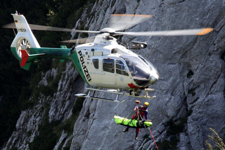 Wanderer stürzt in den Alpen hundert Meter in die Tiefe und stirbt