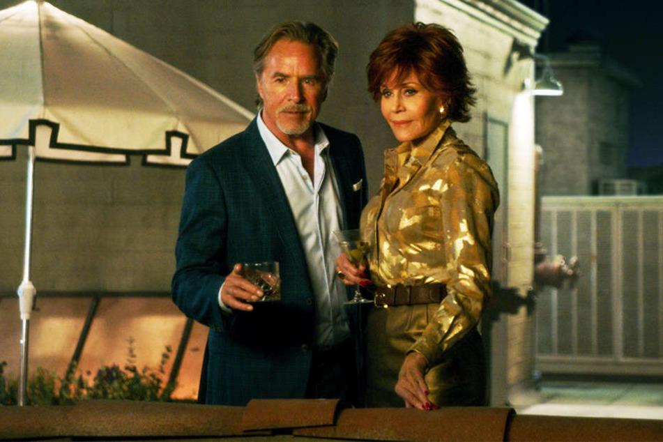 Vivian (r., Jane Fonda) mit ihrer große Jugendliebe Arthur (l., Don Johnson).