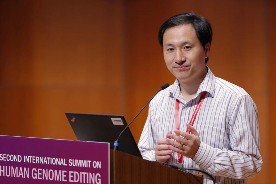 Am 28. November erklärte He Jiankui noch, wie es zu seiner Forschung kam. Jetzt ist er verschwunden.