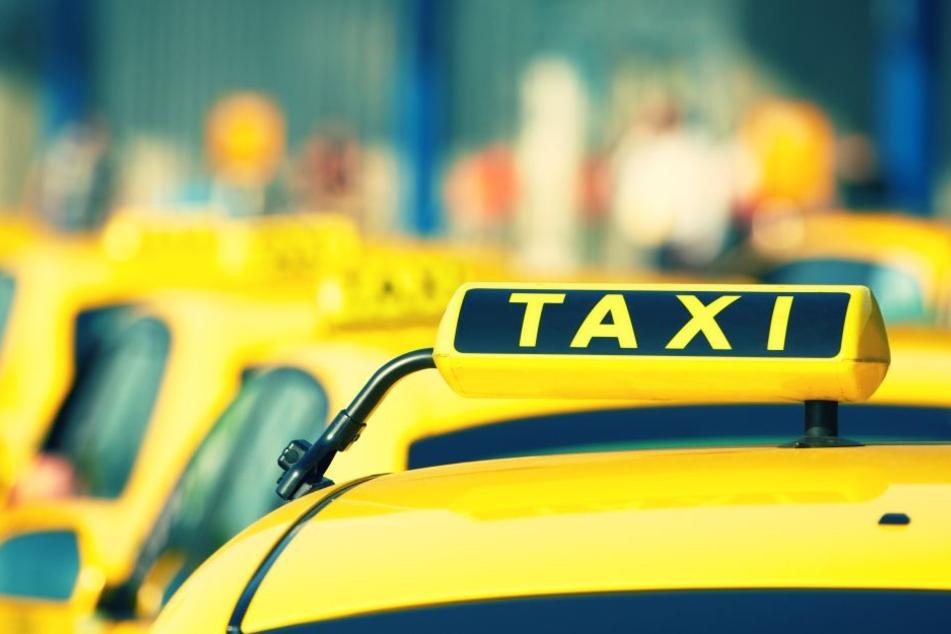 Die Frau war ohne Geld in ein Taxi eingestiegen (Symbolbild).