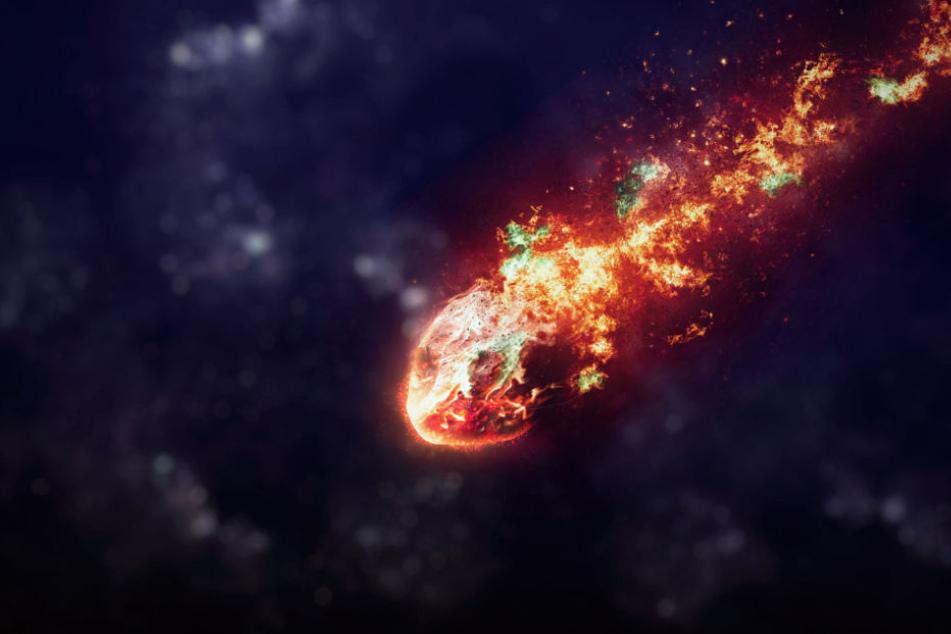 Ein großer Feuerball am Himmel sorgte gestern Abend für Aufregung. (Symbolbild)