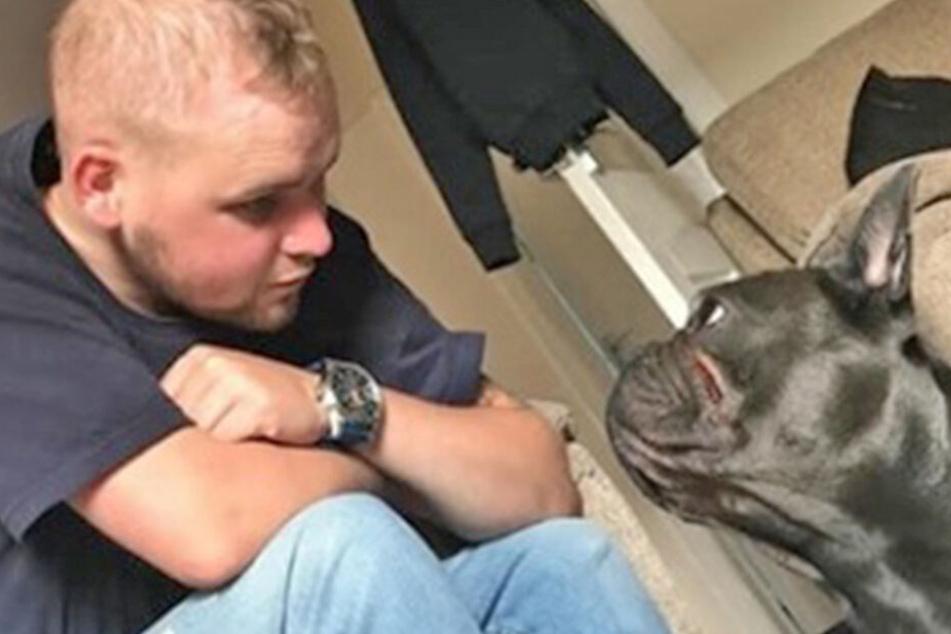Herz gebrochen! Mann (25) stirbt an Krebs, 15 Minuten später ist sein Hund tot