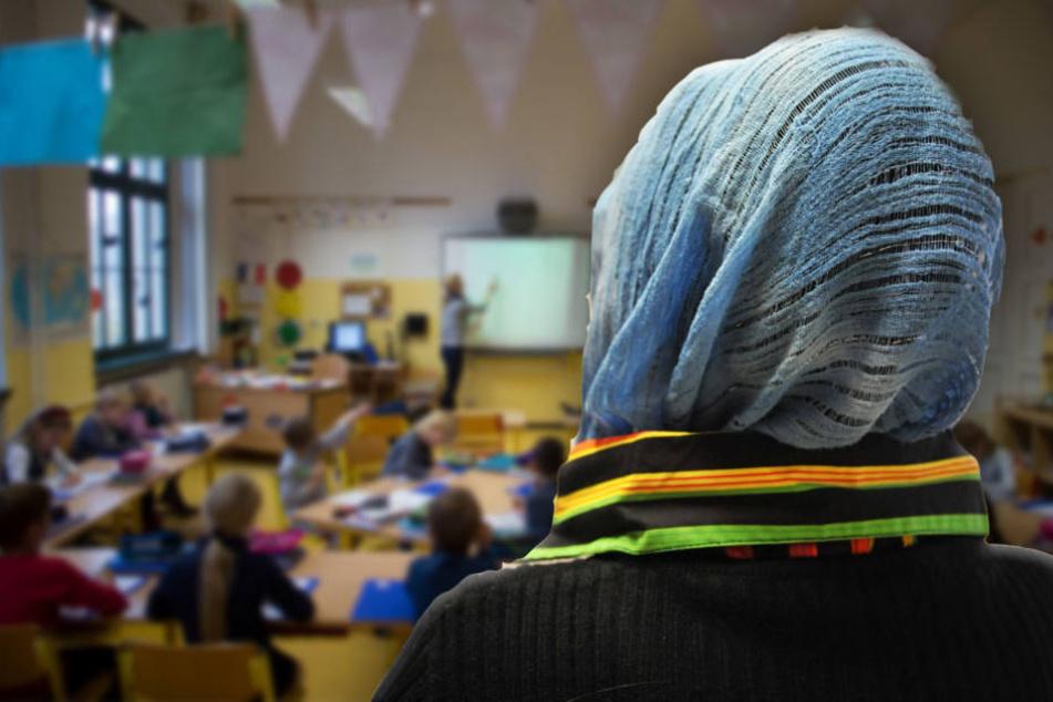 Flüchtlinge arbeiten an Schulen als Hilfslehrer
