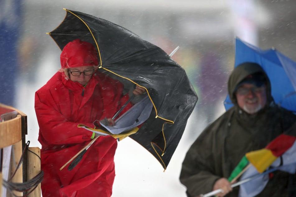 Wetter in Berlin Meteorologen warnen vor Sturm am Montag