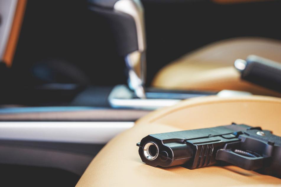 Ein Mann aus dem US-Bundesstaat Florida hat sich auf eine Pistole gesetzt und sich in den Penis geschossen (Symbolbild).