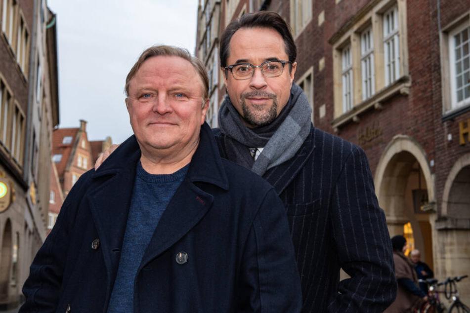 Darsteller Jan Josef Liefers (r, 55) und Axel Prahl (59) alias Kommissar Frank Thiel.