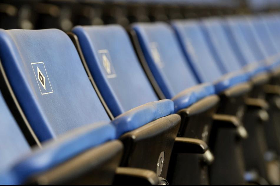 Blick in die leeren Sitzreihen vor Beginn des Spiels. (Archivbild)