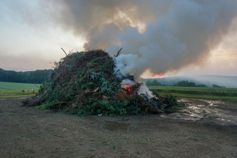 Bei diesem Lagerfeuer kam es zu der Verpuffung.