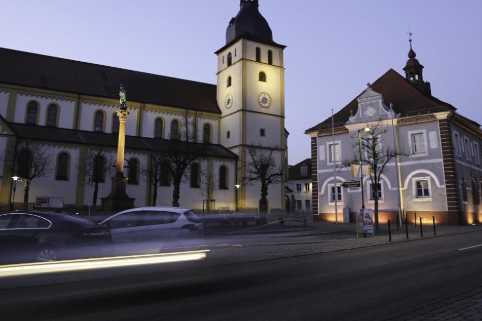 Für die Stadt Mitterteich wurde eine sofortige Ausgangssperre verhängt.