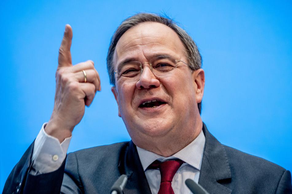 CDU-Chef Armin Laschet (60) sieht in der Nominierung Maaßens kein Spaltungspotenzial für die Union. Gleichzeitig betonte er aber auch, dass mit der AfD nicht koaliert, kooperiert oder verhandelt wird.