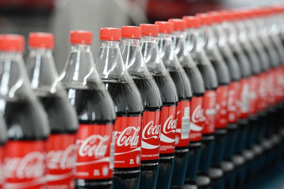 Dass Coca Cola extrem viel Zucker enthält ist bekannt. Wirklich stark verringern soll sich der Anteil dennoch nicht.