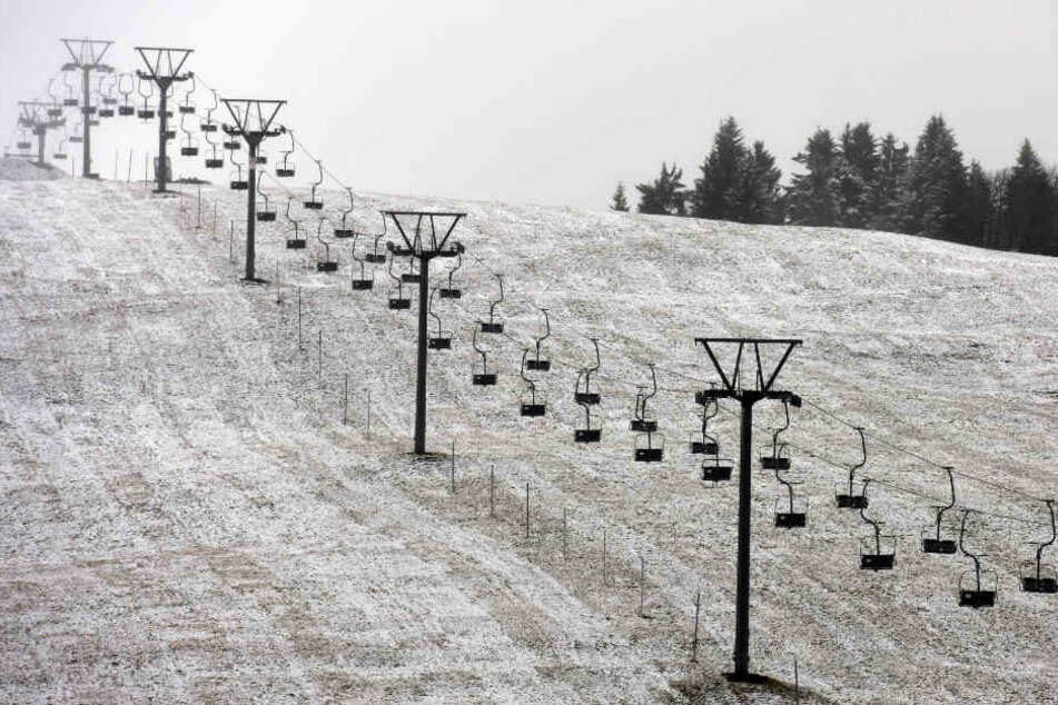 Hier liegt schon der erste Schnee: der Feldberg.