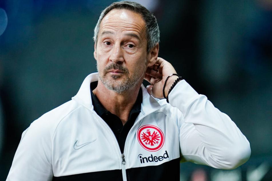 Eintracht-Coach Adi Hütter muss in London auf Bas Dost und Sebastian Rode verzichten.