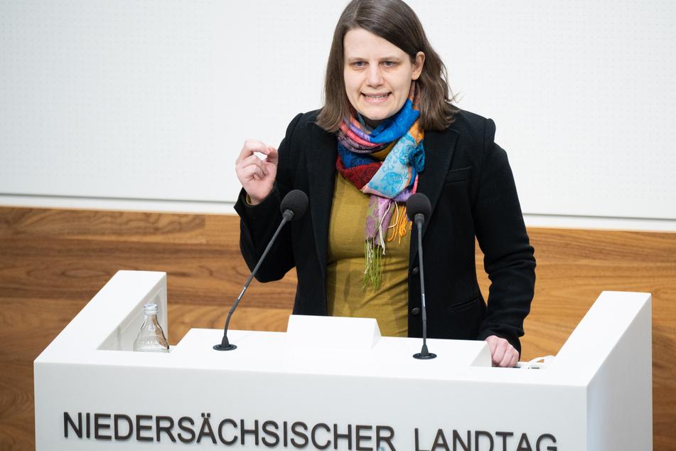 Julia Willie Hamburg (34, Bündnis 90/Die Grünen).