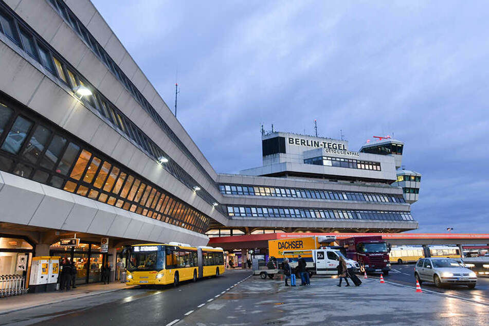 Neue Volksinitiative Jetzt sammeln Brandenburger Stimmen für Flughafen Tegel