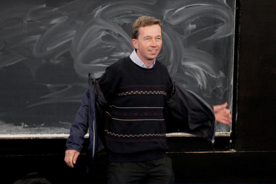 Bernd Lucke versuchte an der Uni Hamburg seine Antritts-Vorlesung zu halten.