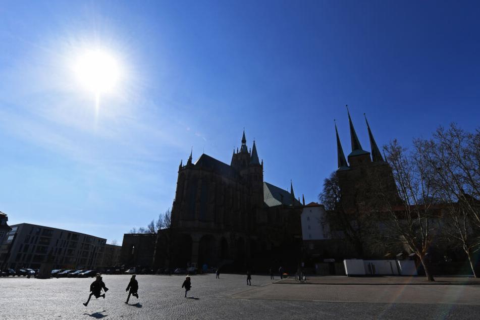 Vor dem Erfurter Dom wird der Autofrühling stattfinden.