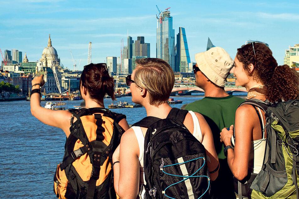 Auf Urlaub in London sollte man diesen Sommer wohl eher verzichten, denn die Delta-Variante greift in Großbritannien weiter um sich.