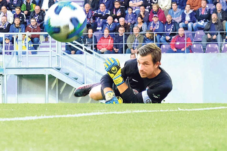 Kapitän und Torwart Martin Männel, der gegenKiel drei Treffer kassierte, sah bei seinem Teamein deutliches Mentalitätsproblem.