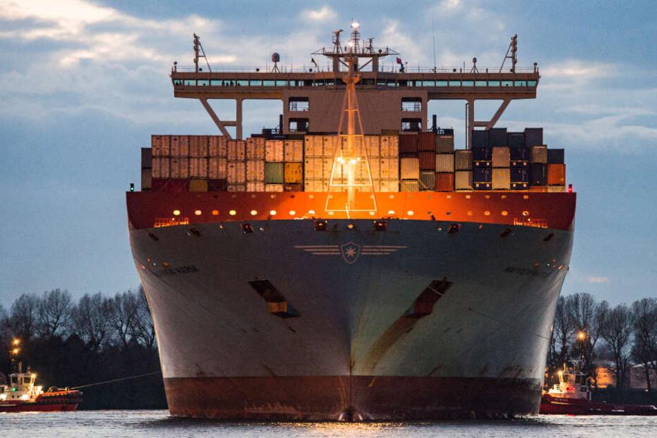 Hamburg verliert trotz Elbvertiefung zwei große Container-Linien