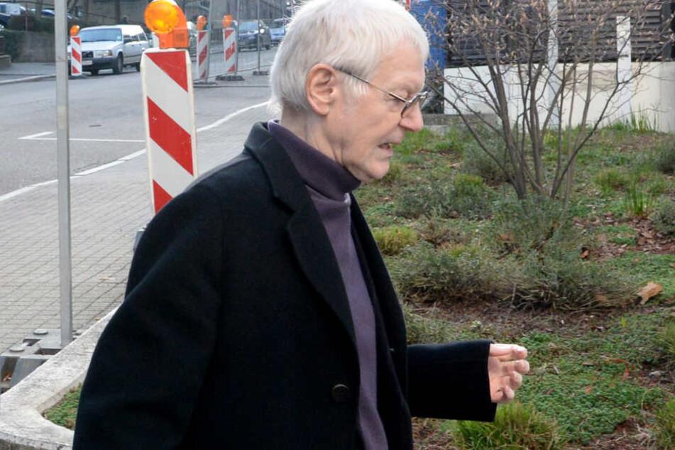 Anton Schlecker auf dem Weg zum Prozess.