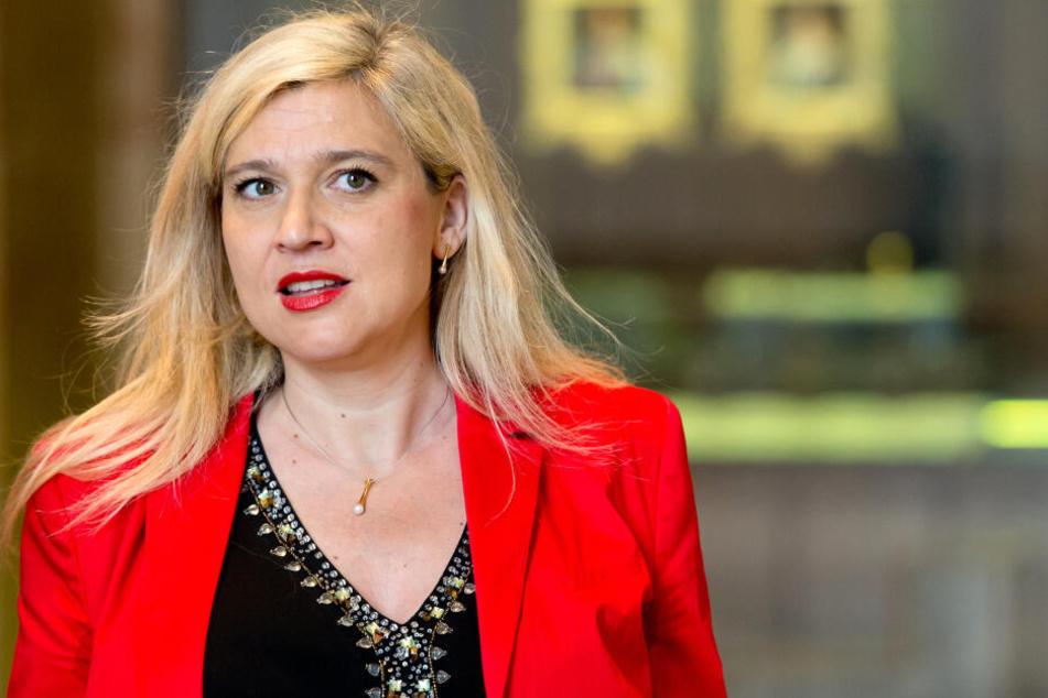 Bayerns Gesundheitsministerin Melanie Huml setzt sich für Impfungen ein.