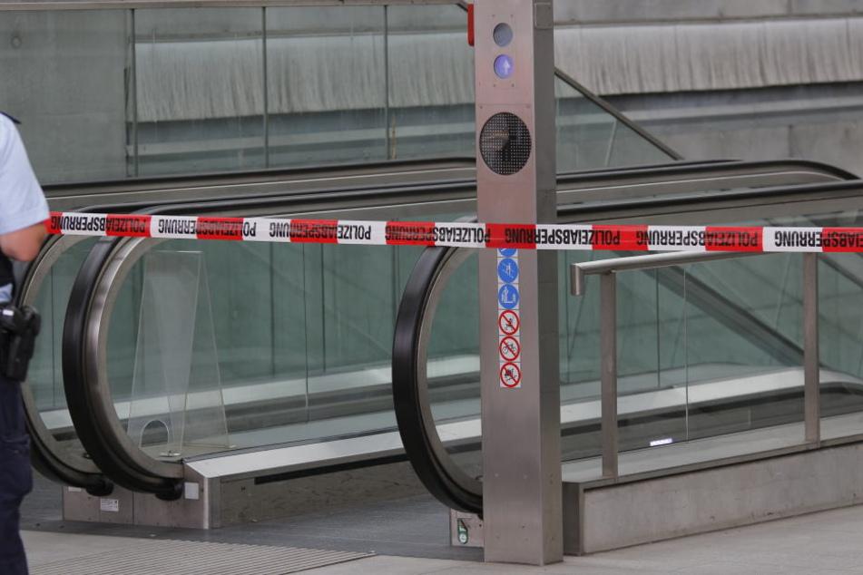Der Zugang zur S-Bahn-Haltestelle Bayrischer Bahnhof wurde komplett eingestellt.