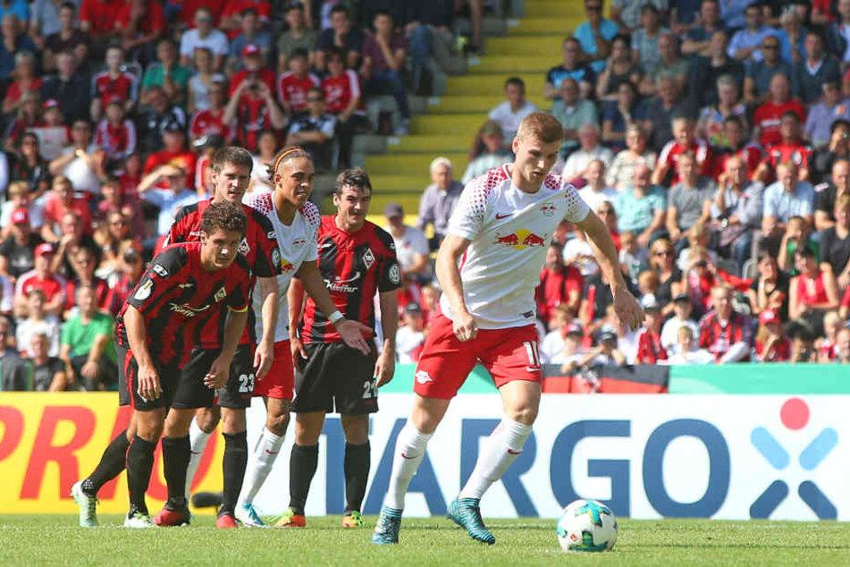 Nach einem Foul an Yussuf Poulsen vergab Timo Werner in der 24. Minute den fälligen Elfmeter und verpasste das 2:0.