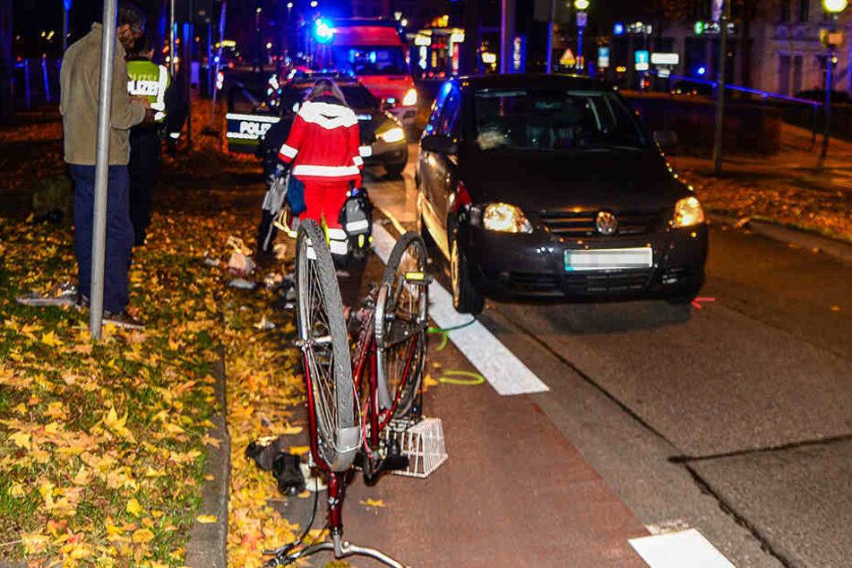Ohne Licht und Helm war der schwerverletzte 76-jährige Fahrradfahrer unterwegs.